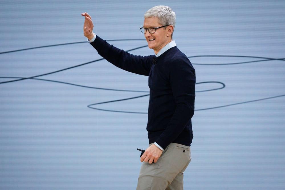 Nachdem Facebook-Skandal: Apple Chef Tim Cook hofft auf schärfere Regulierungen